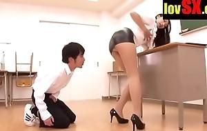 www.lovsx.com ASIAN TEACHER REALISES THAT HER SKIRT IS WAY Uniting Steep