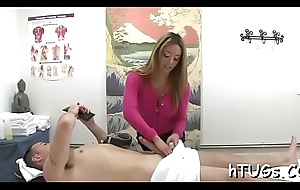 Very X-rated masseuse rides client