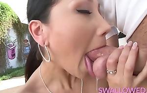 SWALLOWED Ana, Cali increased by abstruse Vicki getting throated hard