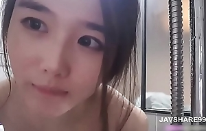 Hot beautiful korean girl wash up in bathroom - Full: JAVSHARE99.NET