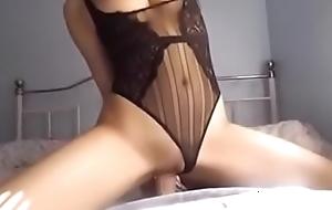 Japanese lady masturbate