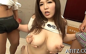 Gungy oral-service from busty japanese
