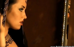 Lover Outlander Bollywood India