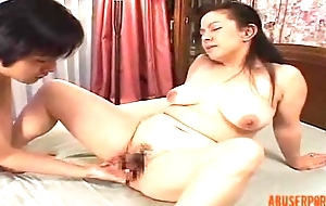 Mature Oriental Lady Fingered and Licked, Porn 3b - abuserporn.com