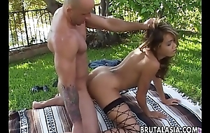 Good-looking big ass Asian grumble has a hot thing embrace doggy ambience