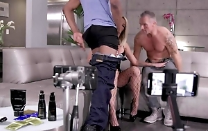 Flaxen-haired hoe invites lack of restraint two lucky chaps to get screwed
